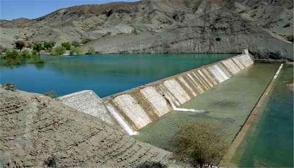 پرآب شدن سازه های آبخیزداری هرمزگان در پی بارش های اخیر