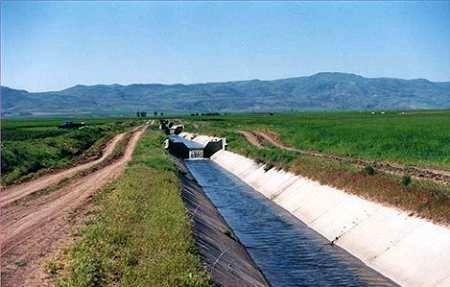 پیشبینی احداث سالانه 150 هزار هکتار شبکههای فرعی آبیاری در کشور