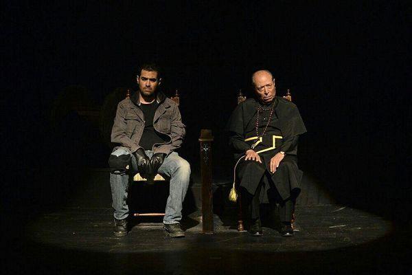 فیلمتئاتر «اعتراف» شهاب حسینی و نصیریان در شبکه ویدئویی