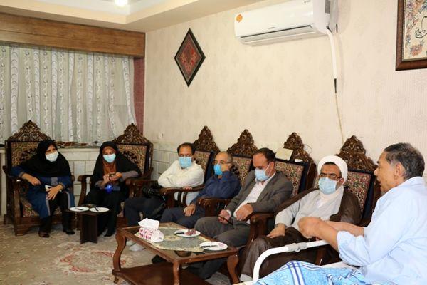 دیدار رئیس سازمان جهاد کشاورزی استان کرمان از خانواده سنگرساز بیسنگر شهید عسکری